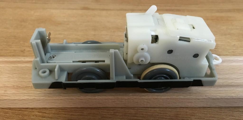 プラレール EF66電気機関車