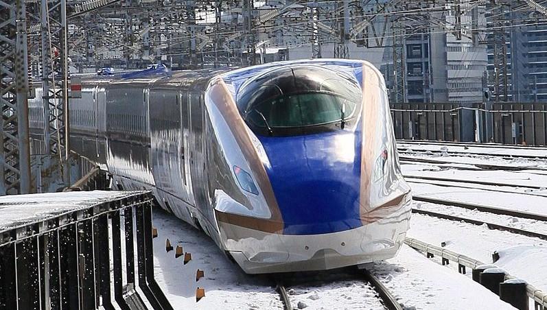 E7系新幹線 (Photo by:TAKAYAMA01)