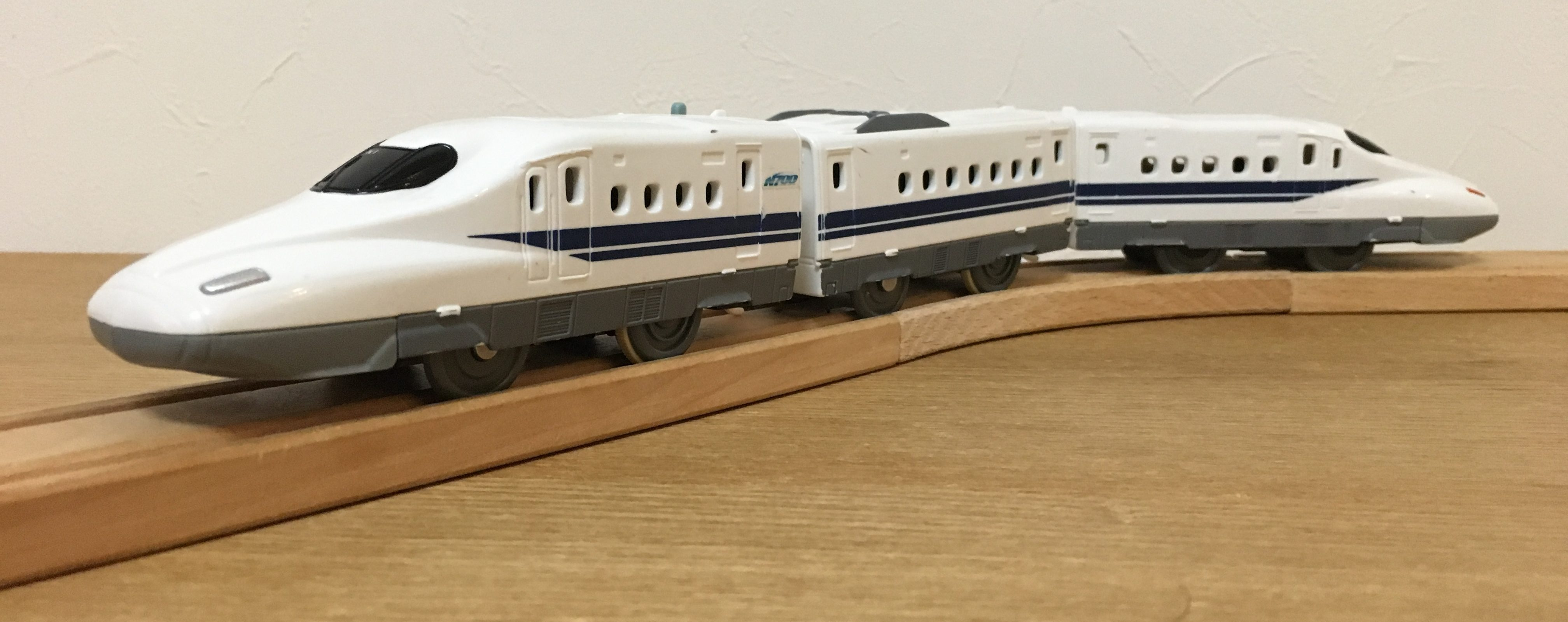 プラレール N700系新幹線