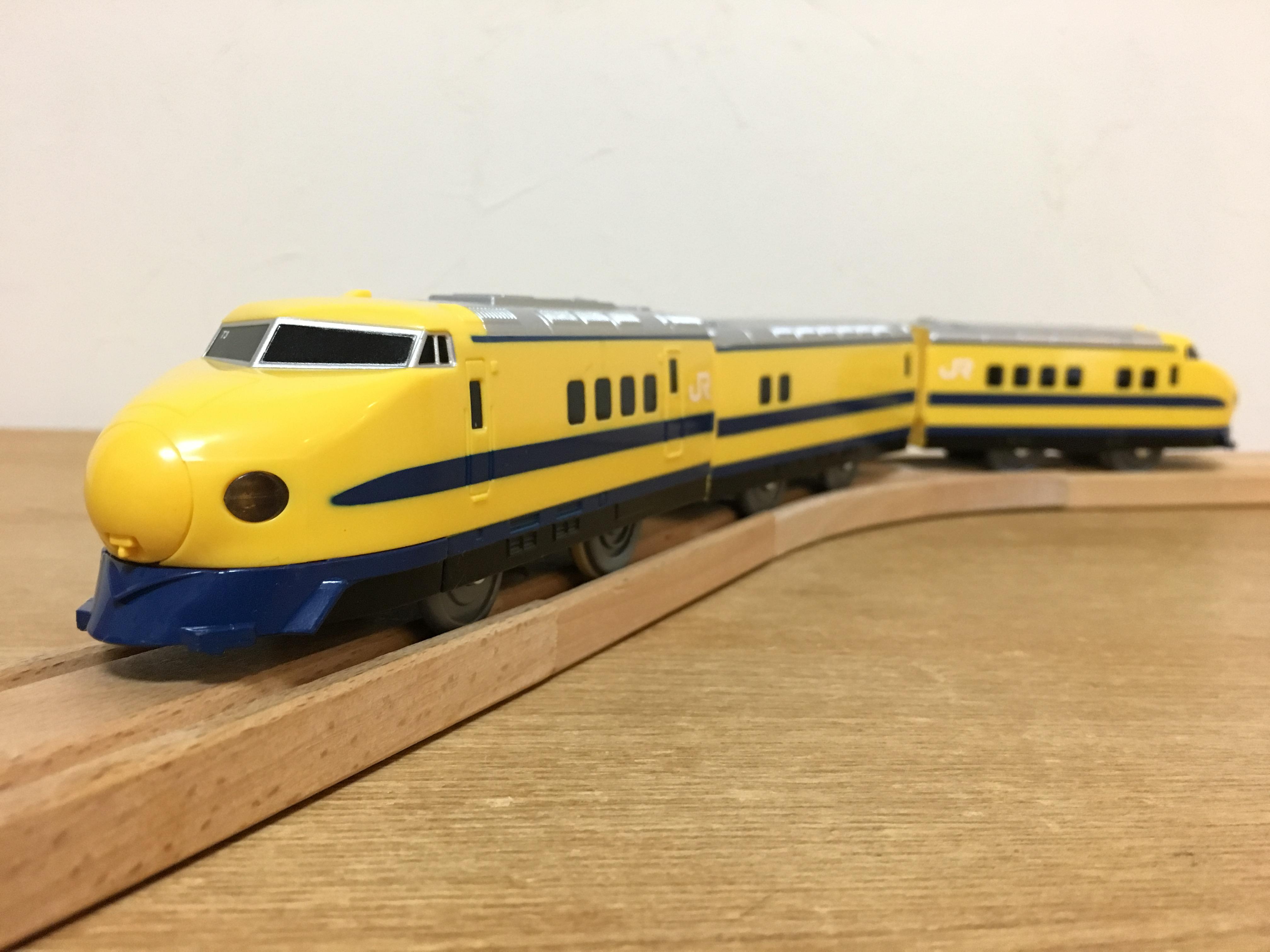 プラレール 922形ドクターイエローT3編成