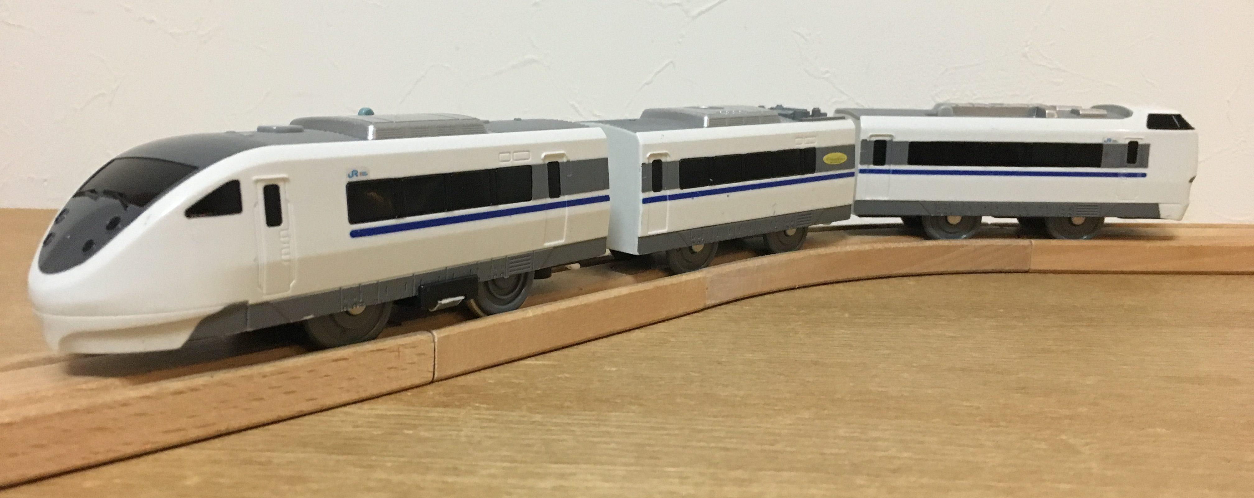 681系 サンダーバード
