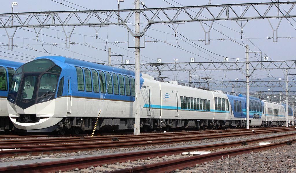 近鉄50000系 しまかぜ(Photo by:Oka21000)