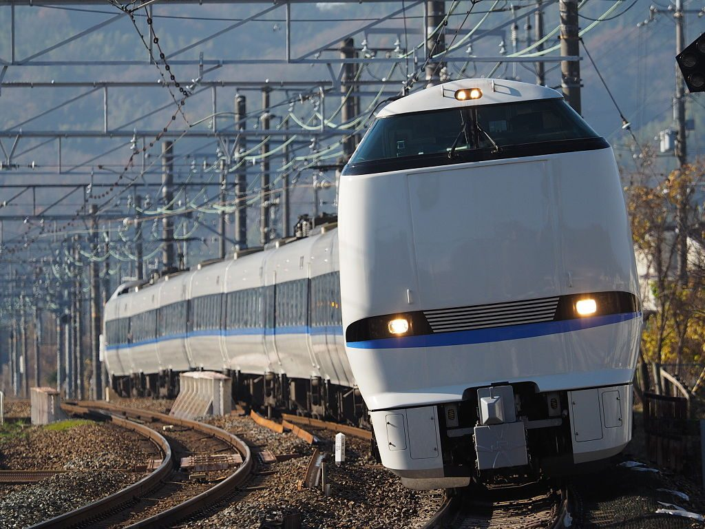 683系(Photo by:DMX123ZA)