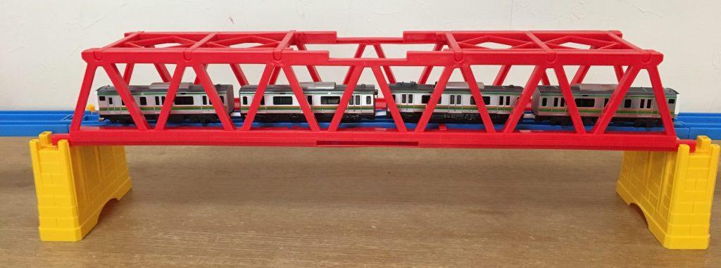 大きな鉄橋