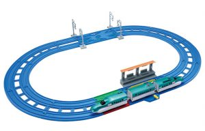 プラレール レーンがクロス! E5系新幹線 はやぶさベーシックセット 発売
